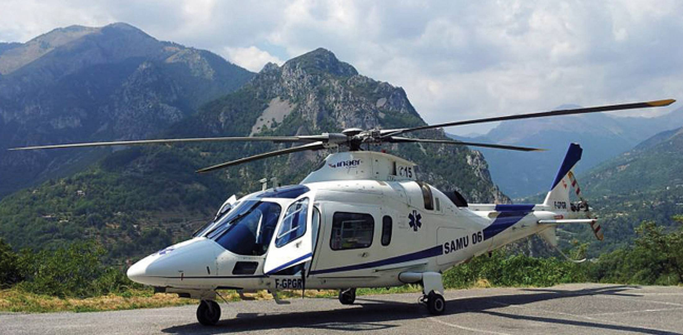 Inaer France has started using night-vision goggles on an AgustaWestland A109 that operates EMS missions from Nice.