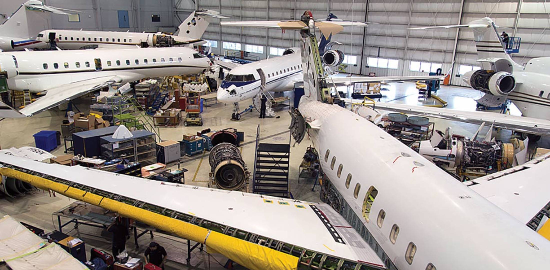 """Canada-based Innotech Aviation has a solid background of experience with Bombardier Challengers and Globals. The MRO claims """"A-to-Z"""" support capability, including charter ops."""