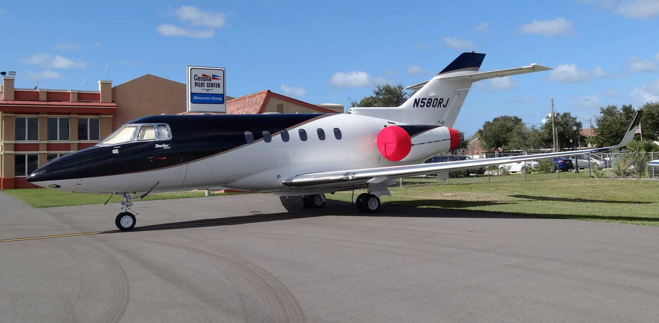 Hinman hawker 900XP