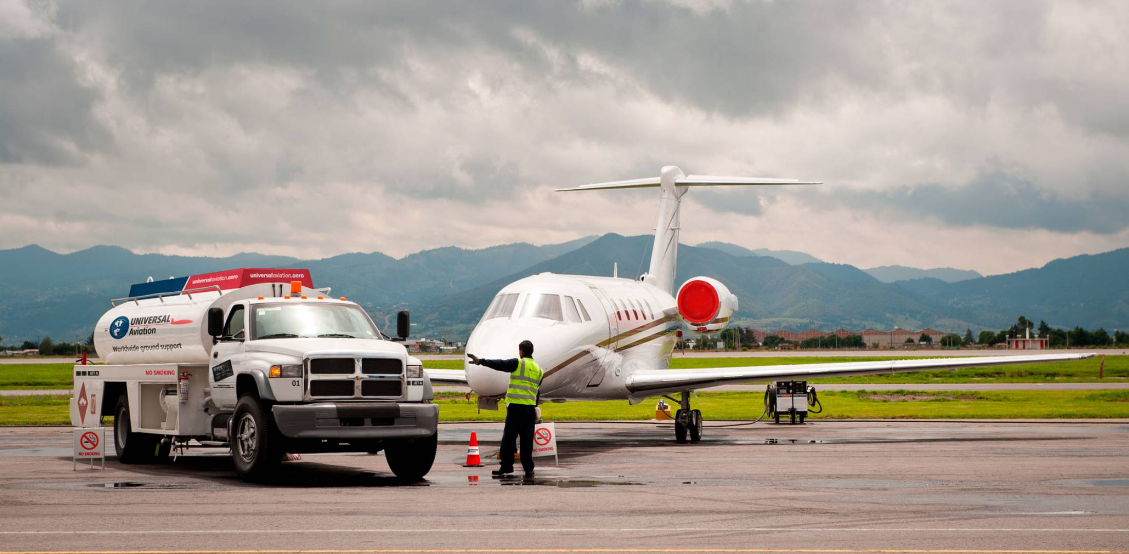 UVair purchased by World Fuel Services