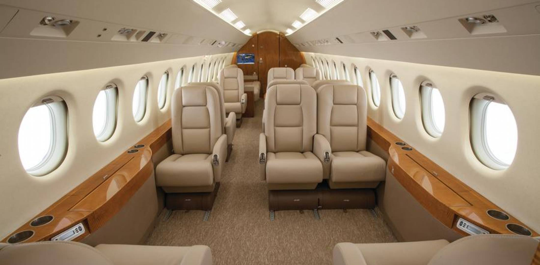 Falcon 900EX EASy interior by Duncan Aviation