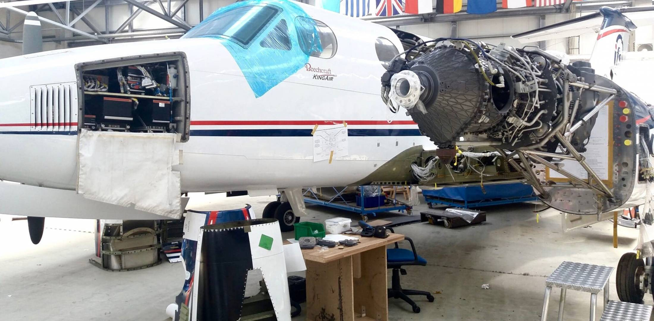 Catalyst testbed King Air 350