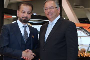 Jetex president and CEO Adel Mardini, left, and CFly CEO Francisco Lyra will join forces to develop and operate an FBO at Brazil's São Paulo Guarulhos Airport. PHOTO: MARIANO ROSALES