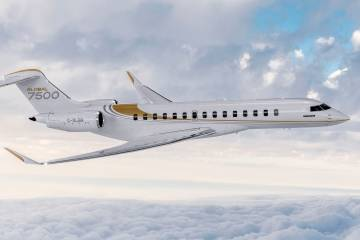 Global 7500 in flight