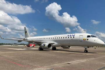 Myanmar Airways Embraer E190