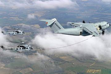 A400M refueling Caracal