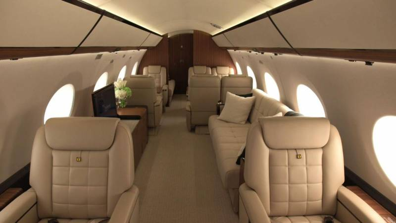 How Smart Cabin Design in the Gulfstream G650ER Makes a 14-Hour Flight Seem a Delight