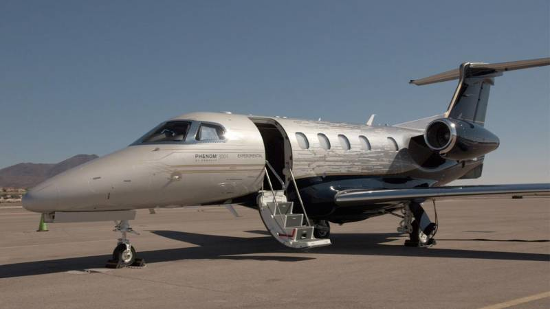 Embraer's New Phenom 300E Business Jet Debuts at NBAA 2017