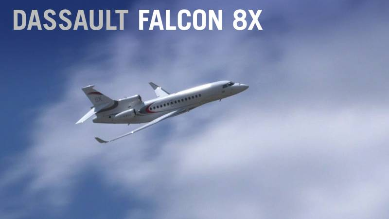 Dassault's Falcon 8X Flies Like a Fighter at Paris Air Show 2019