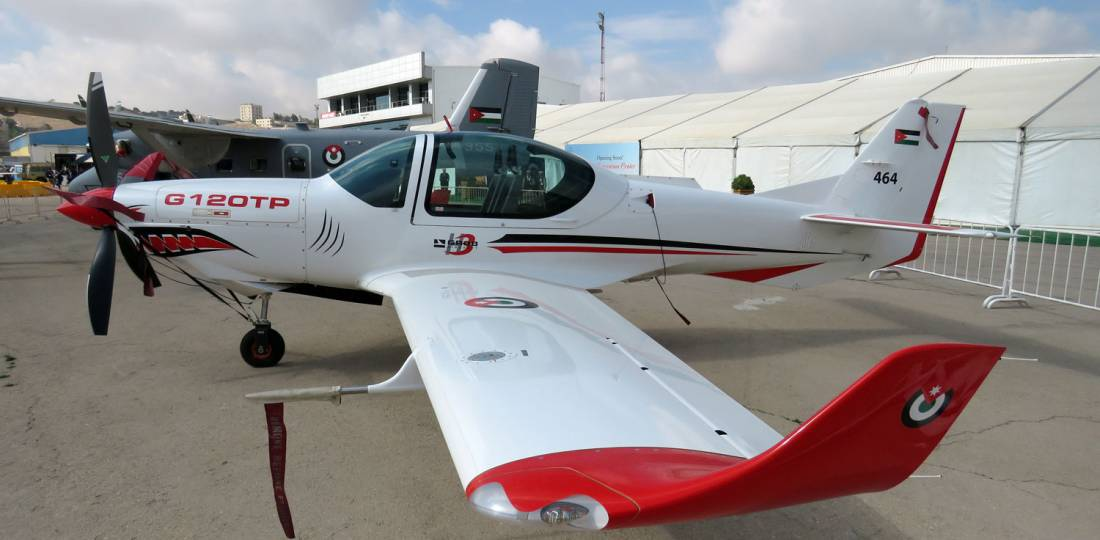 Grob G 120TP on ramp