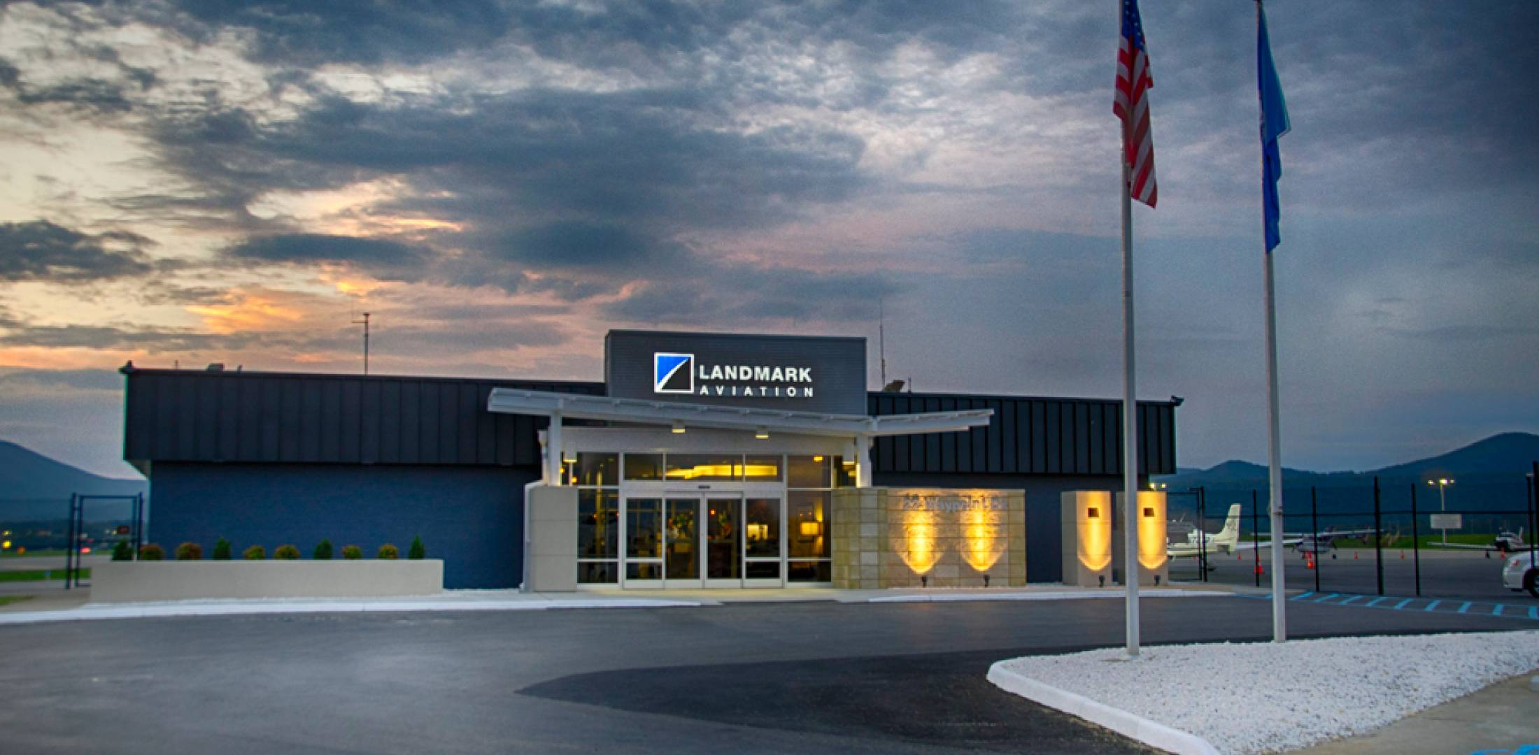 Landmark FBO at Roanoke Regional Airport/Woodrum Field