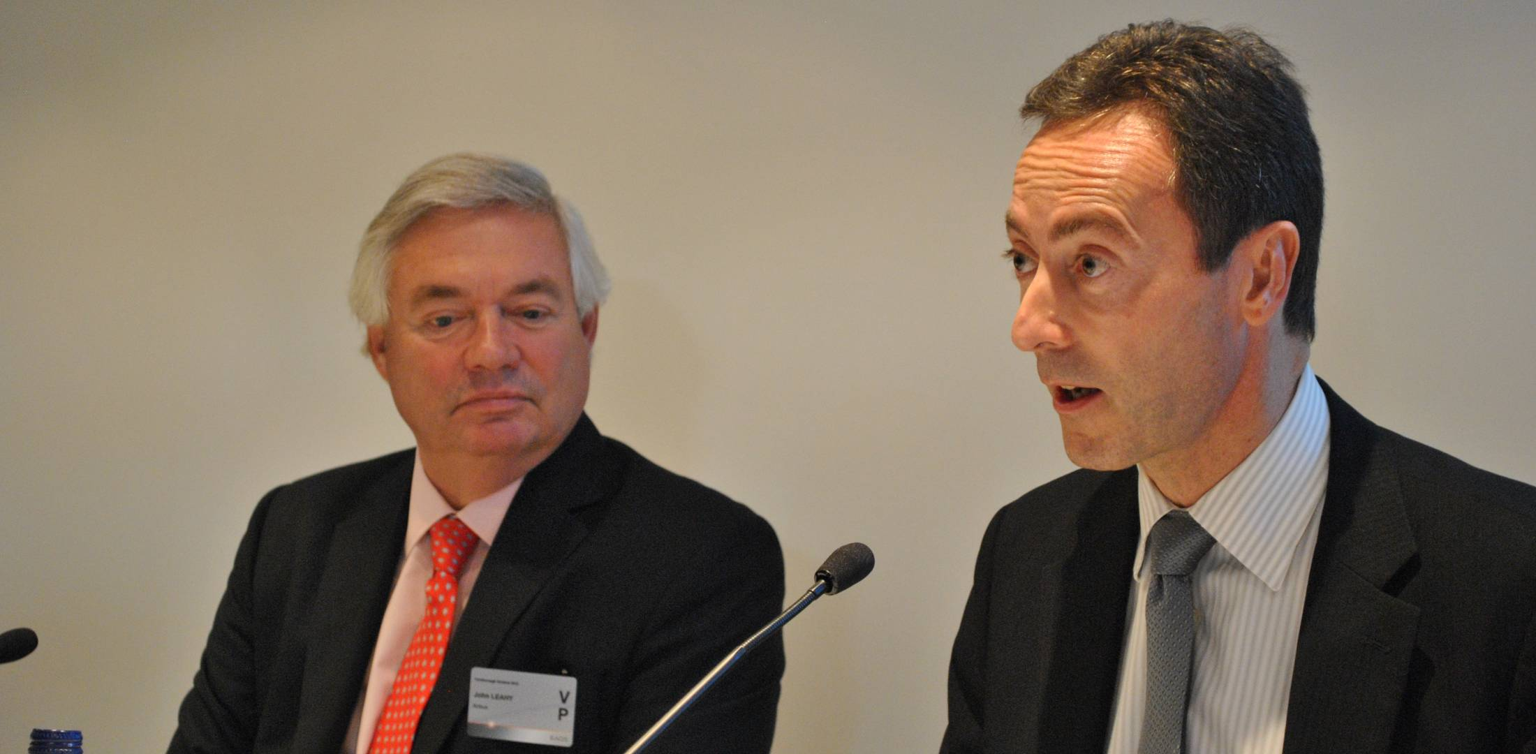 Airbus's Leahy (l) and Bregier.
