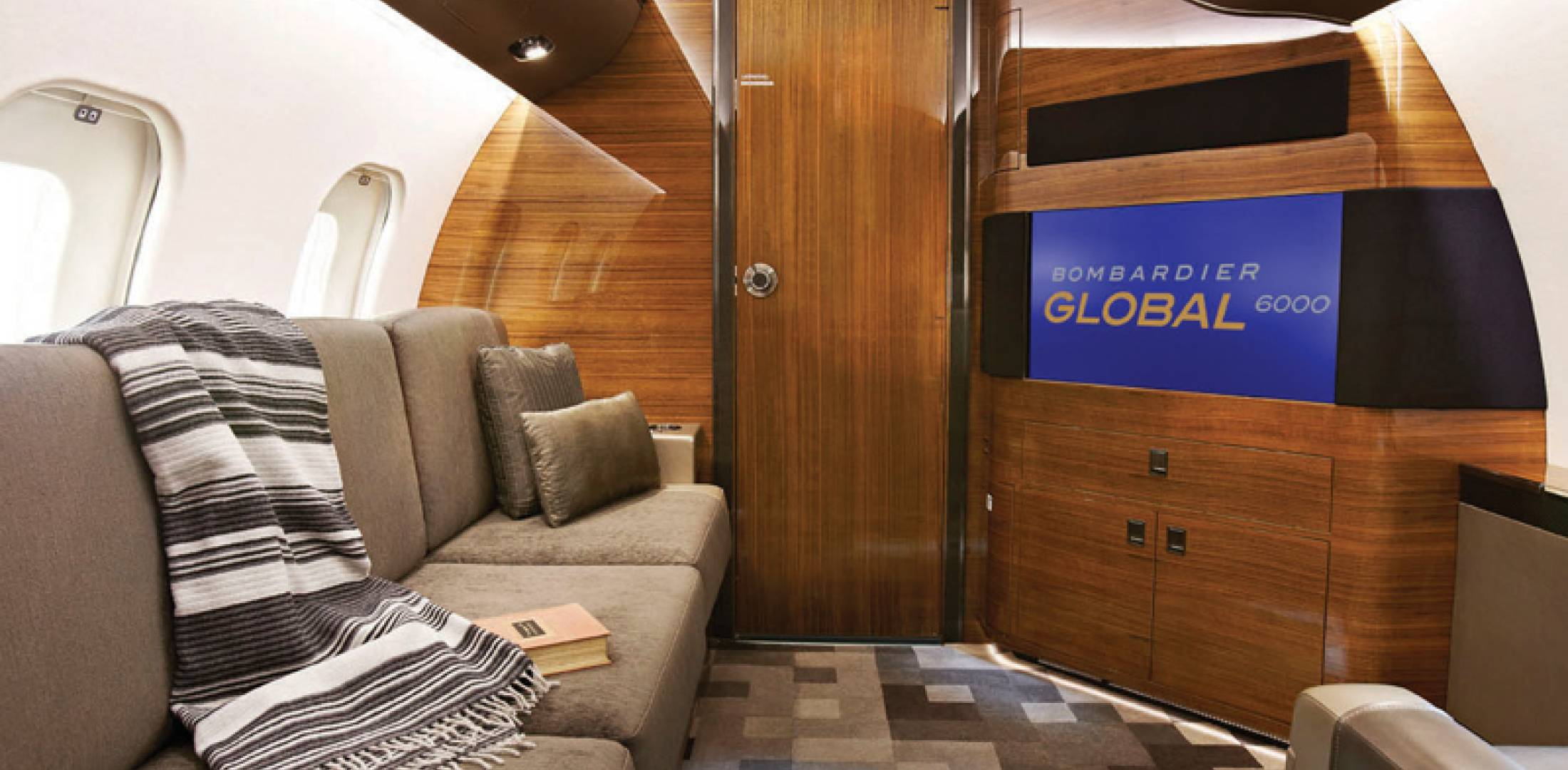 Global 6000 means airborne luxury business aviation news for Bathroom remodel for 6000