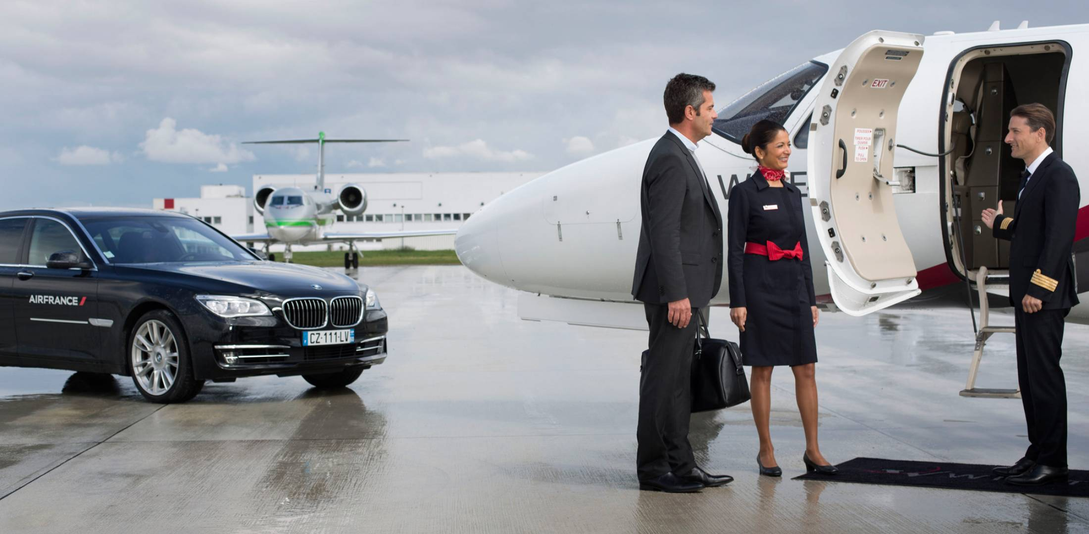 First-class Air France passengers make Wijet connection