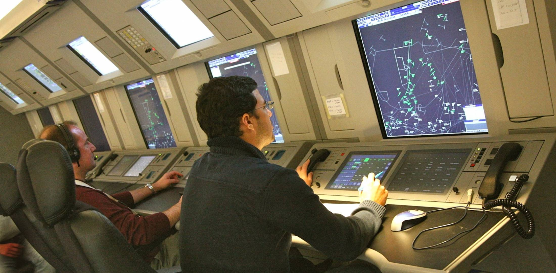 modernization of air traffic control [air traffic control] system provides a comprehensive approach for by gerald l dillingham dollars to replace data-processing, navigation, communications, and other systems under its air traffic control modernization program but.