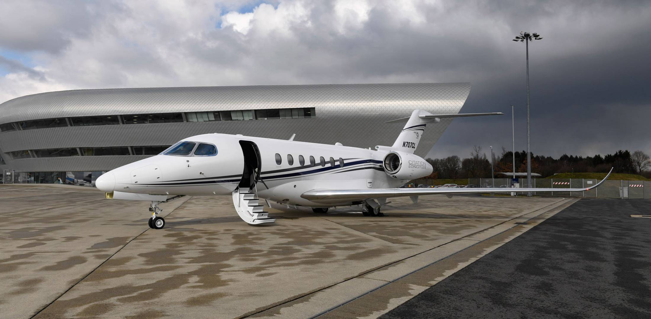 Textron Shows Off Longitude S Quiet Cabin Business