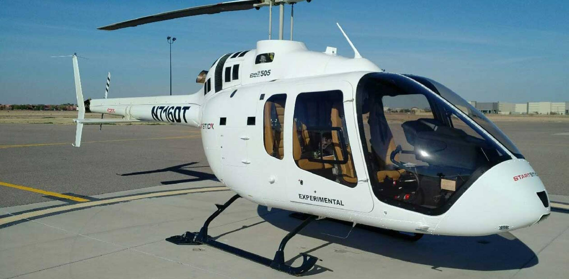 Bell 505 equipped with Dart Bearpaws