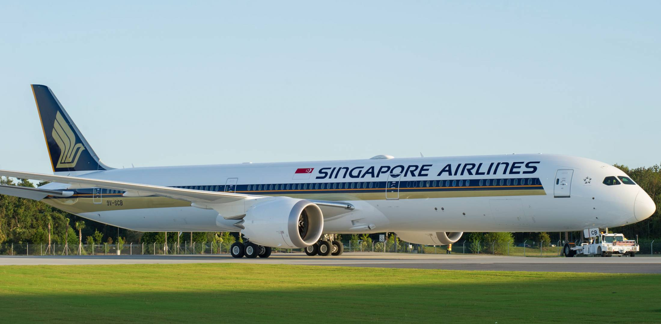 Singapore Airlines plans to begin operations with its first 787-10 in May.  (Photo: Boeing)