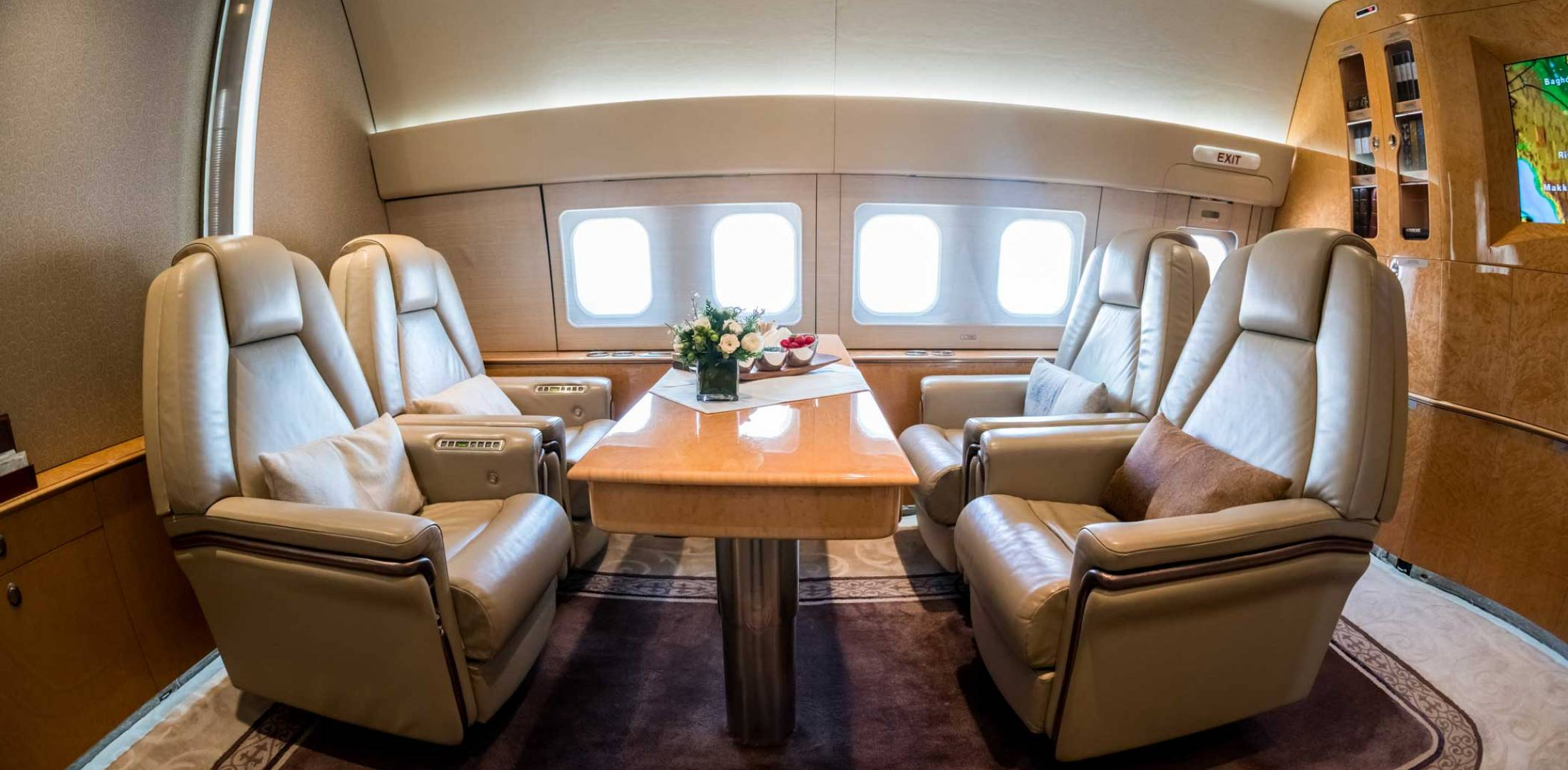 767 interior by Comlux