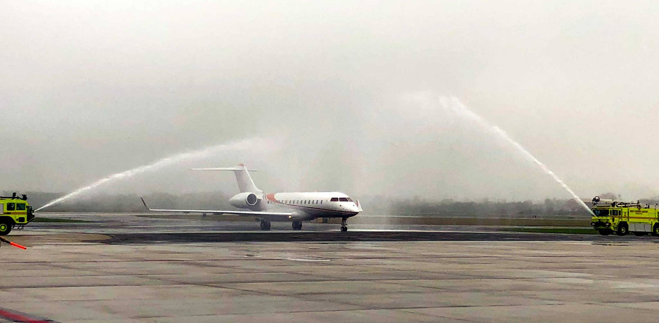 FIrst international aircraft arrival at GYY