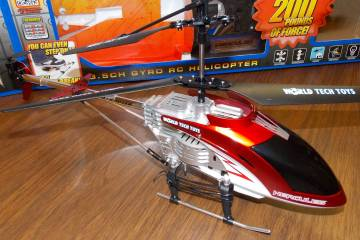 Toy R/C Helicopter