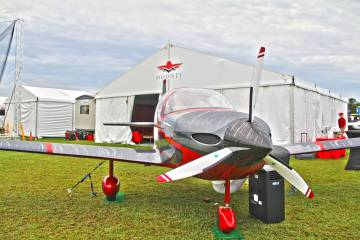 Mooney M10 on display