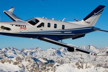 TBM 910 in flight