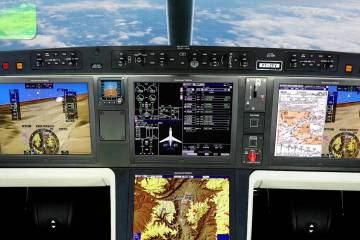 Rockwell Collins Proline Fusion flight deck for Embraer Legacy 450/500.