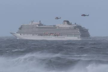 cruise ship with helicopter rescue