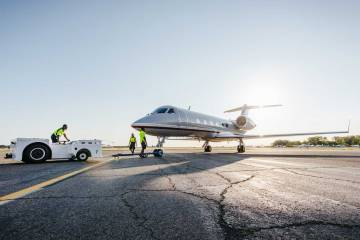 towing business jet