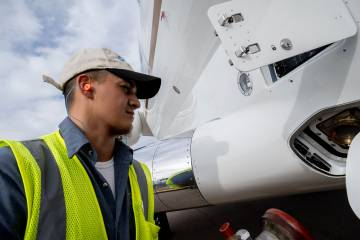 A Bombardier demo aircraft is fueled with SAF at NBAA-BACE 2019.