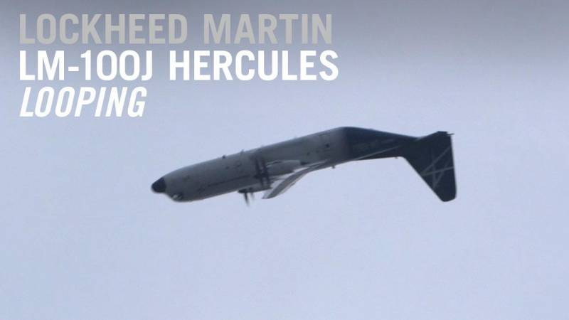 Lockheed Martin LM-100J Does a Loop in its Flying Display at Farnborough Airshow
