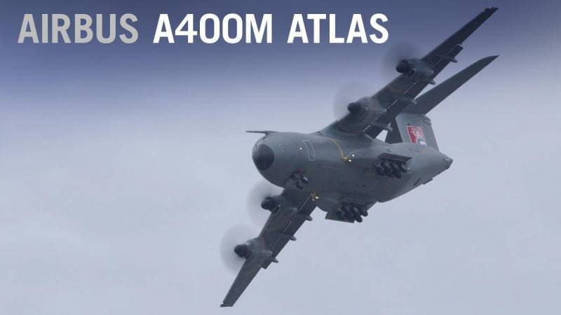 Airbus A400M Atlas Flying Display at Farnborough Airshow