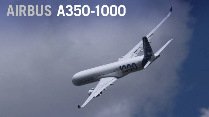 Airbus A350-1000 Flies at Paris Air Show 2019