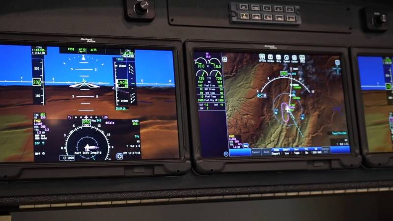 Citation Longitude Enters Service, Plus New Head Up Displays and eVTOL Pioneers Explain Their Plans