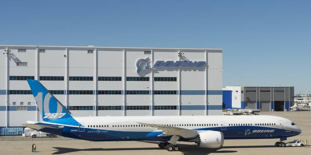 Boeing Rolls Out First 787-10 Assembled in South Carolina