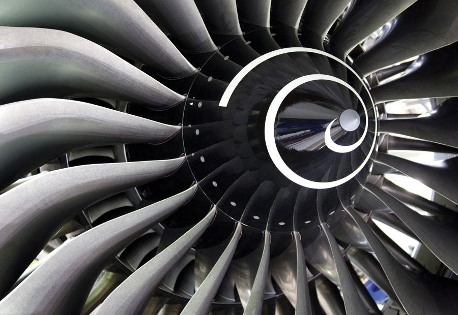 Jet Engine Fan Blades : Rolls royce powers up new singapore site for leading role
