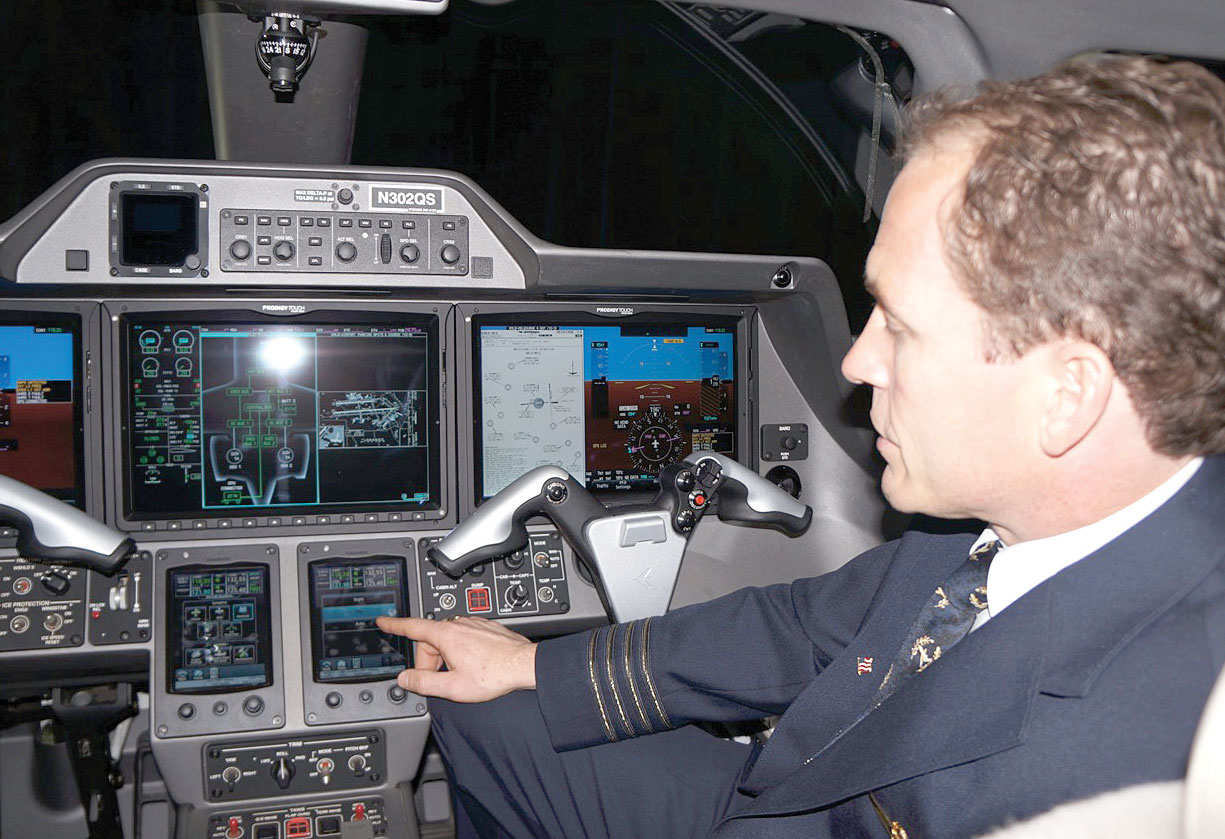 Prodigy Touch Upgrades Embraer Phenom 300 Cockpits