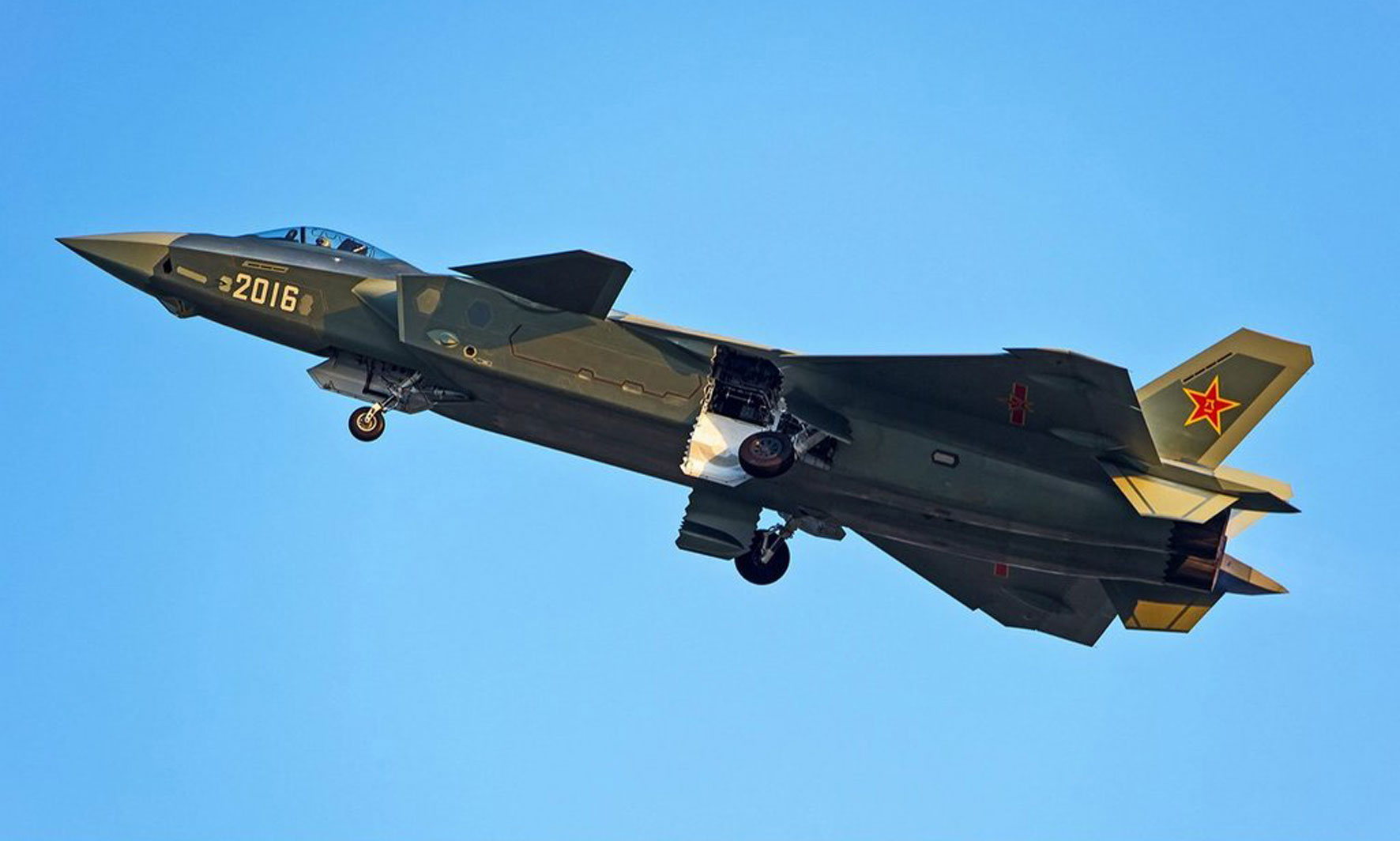 Chengdu's J-20 Enters Production | Defense News: Aviation ...