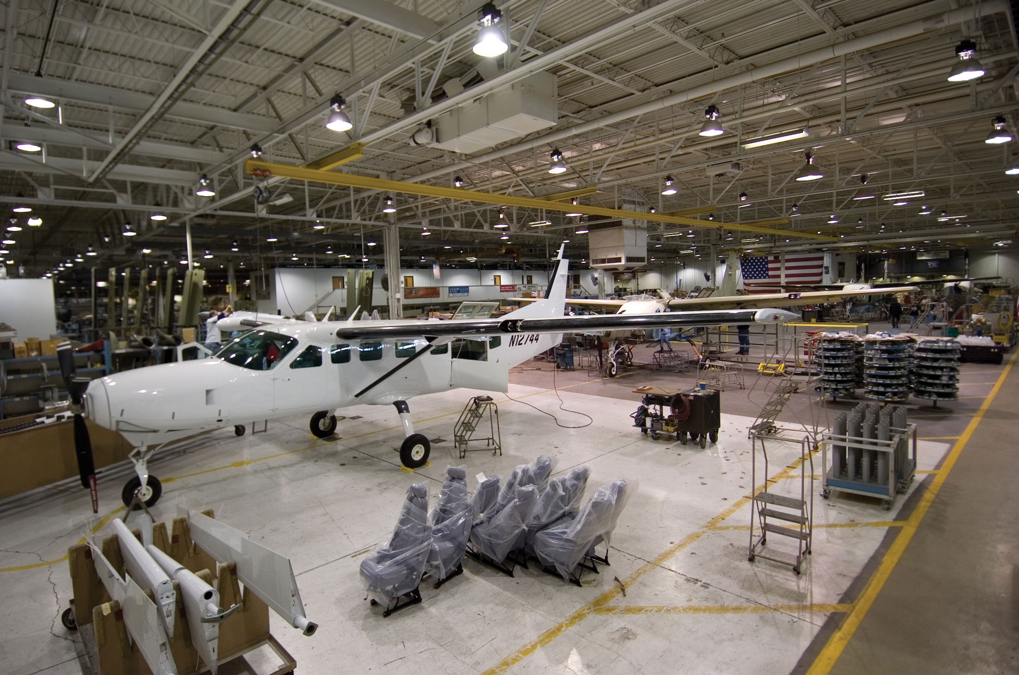 Cessna moving caravan production to independence plant for Production builder