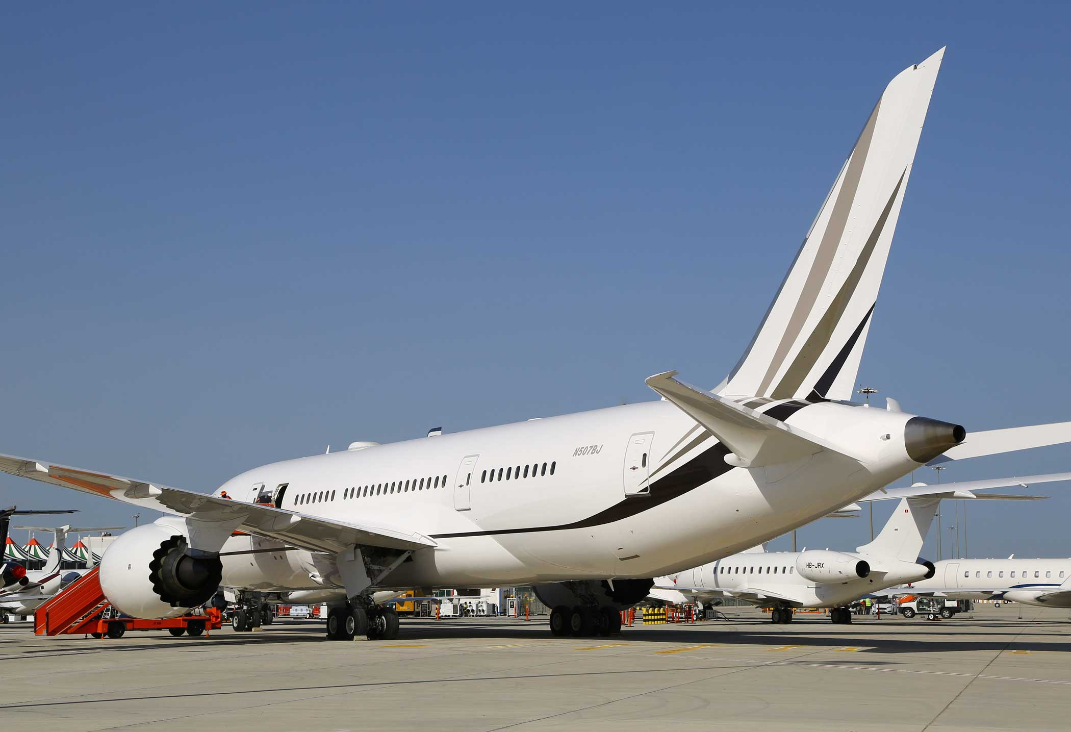 Newest VIP BBJ 787 Arrives in Dubai | Business Aviation News