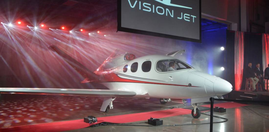 Cirrus Delivers First Vision Jet