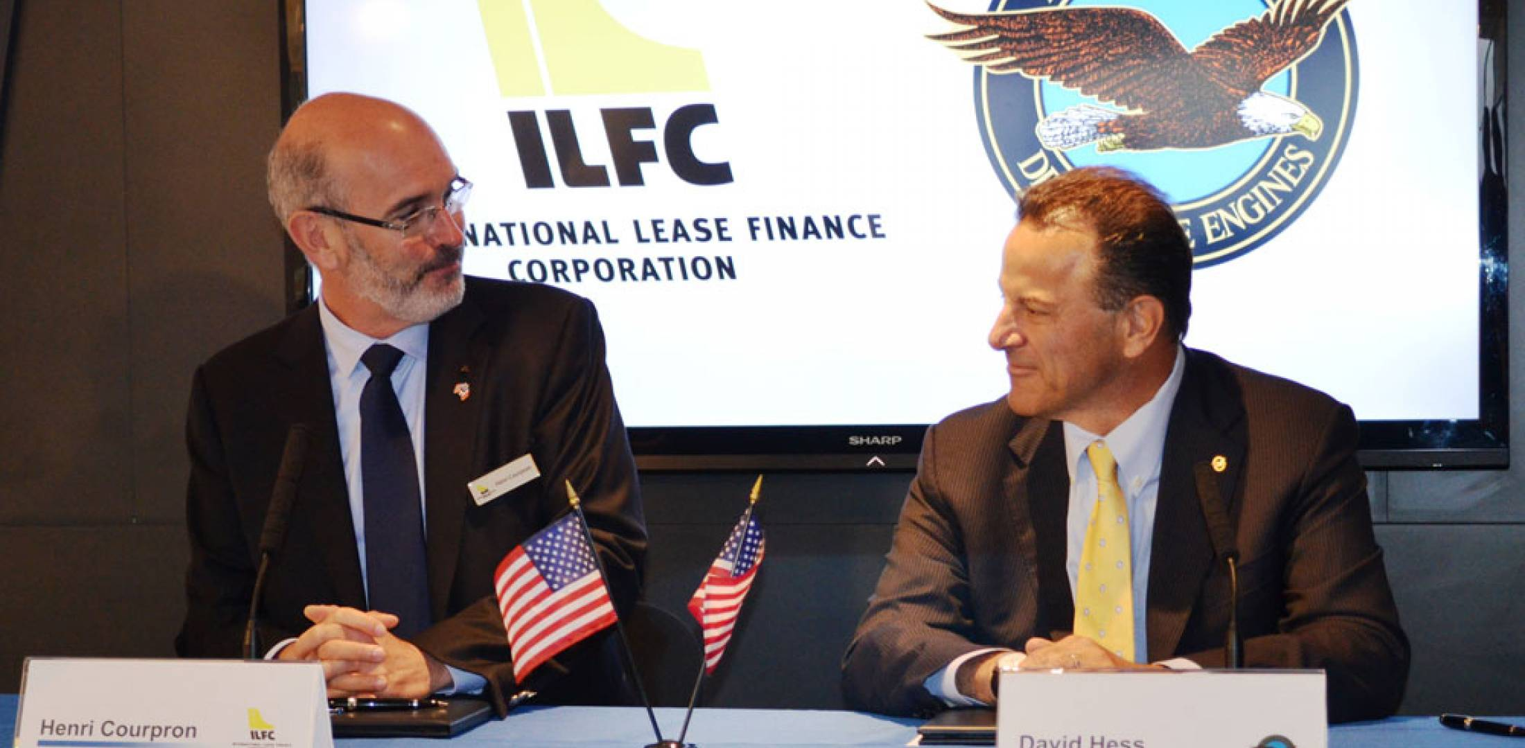 ILFC president and CEO Henri Courpron, left