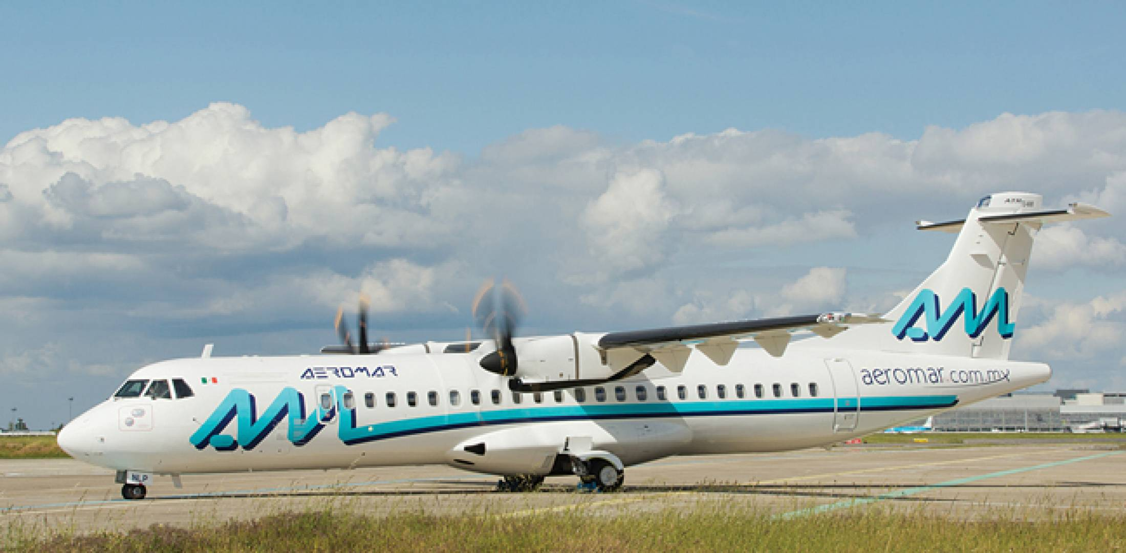 Mexican carrier Aeromar's first ATR 72-600 rolls out. It is the first of two -600 models that Aeromar ordered from Air Lease.