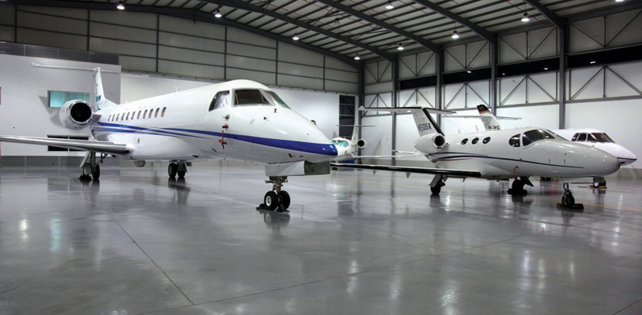 Cedar Jet offers management, hangarage and maintenance services for a range of aircraft, including the Embraer Legacy, Cessna Citation Mustang and Hawker 900XP.