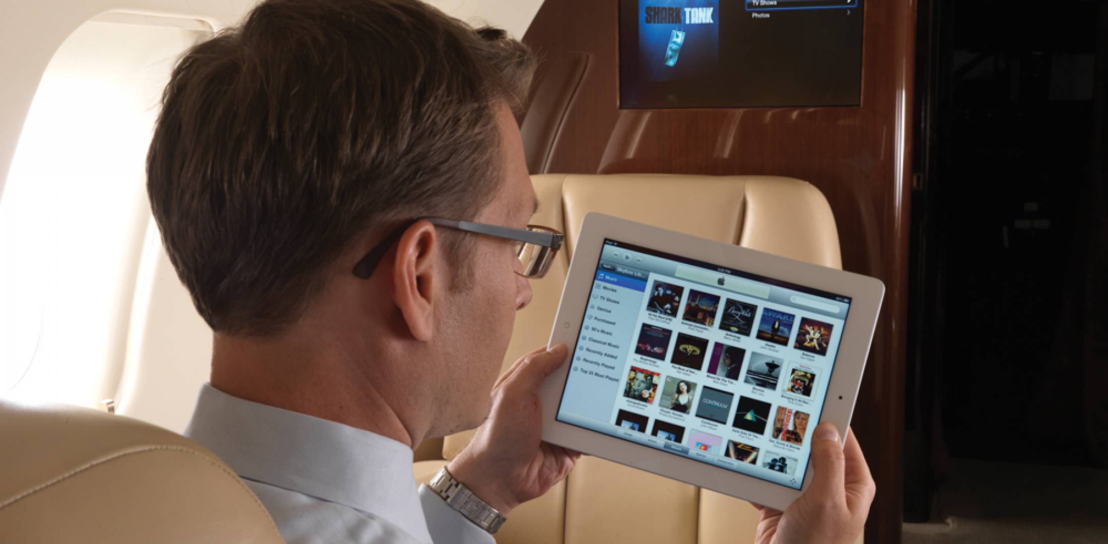 Skybox includes two HDMI Rockwell Collins Skybox allows up to 10 users to select and view TV shows and movies on their personal devices.