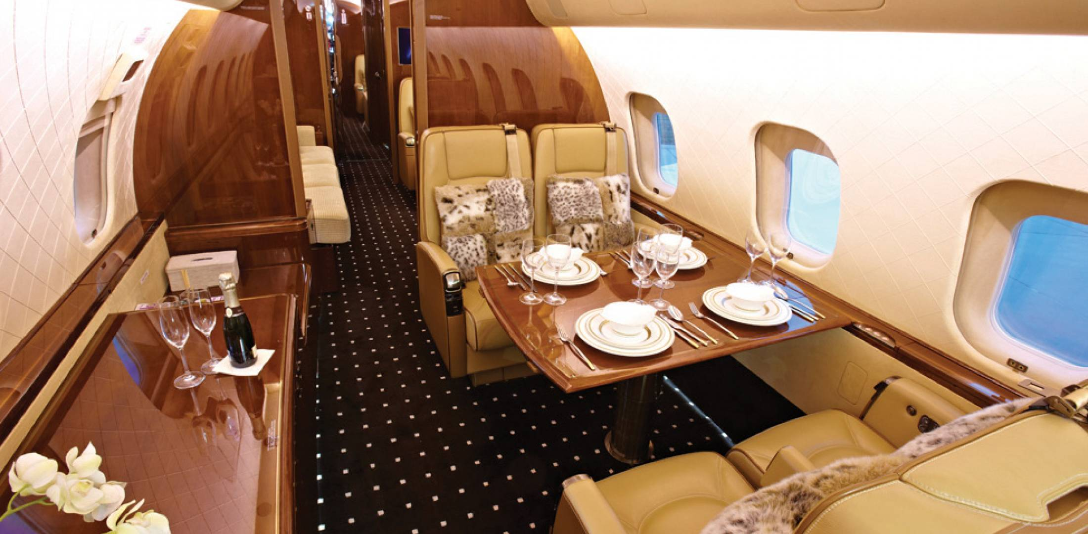 Oryx Jet Global 5000 Interior