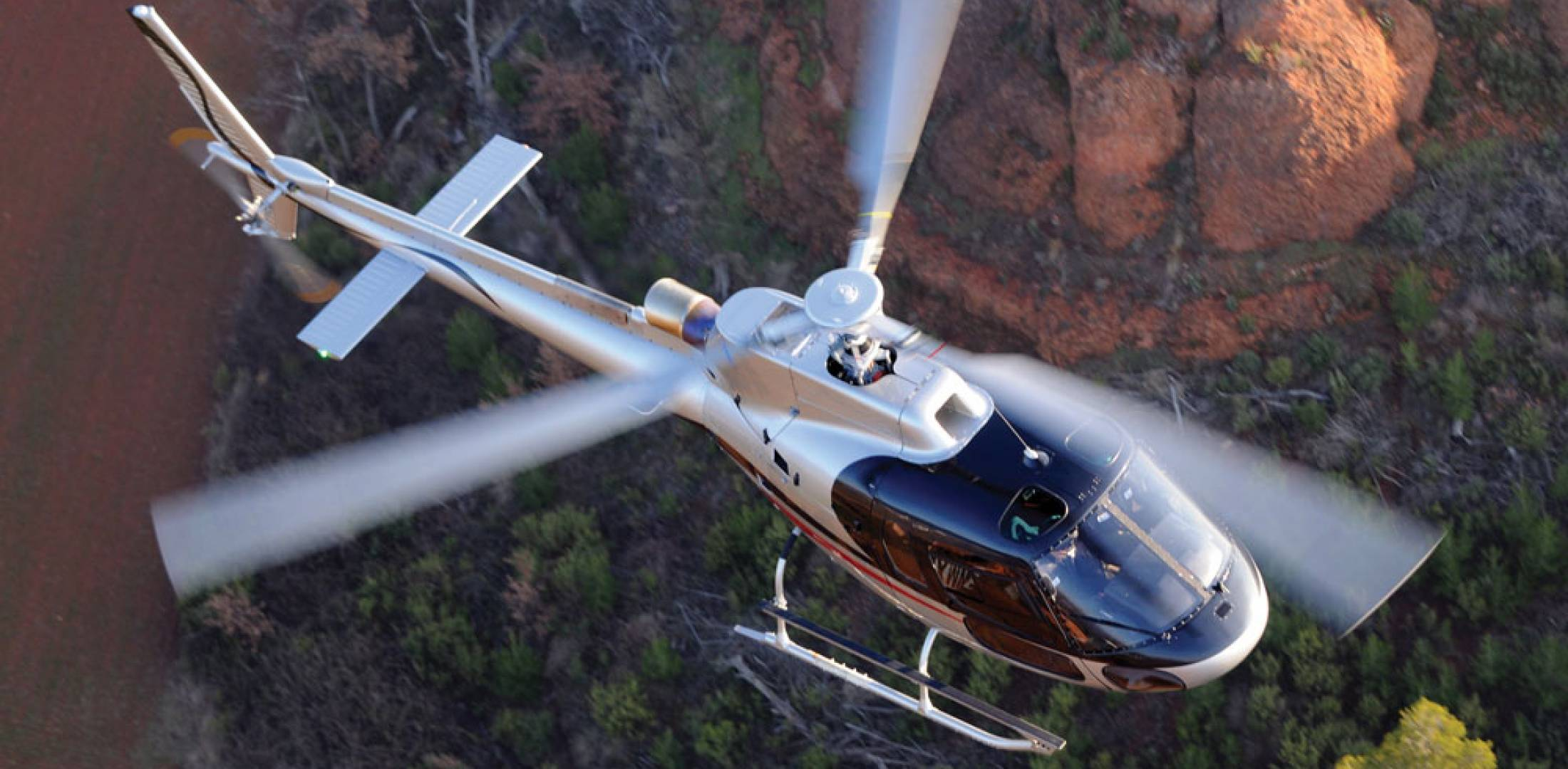 The AS350 B3e is ideal for passenger transport, EMS, aerial work, law enforcement and disaster management.