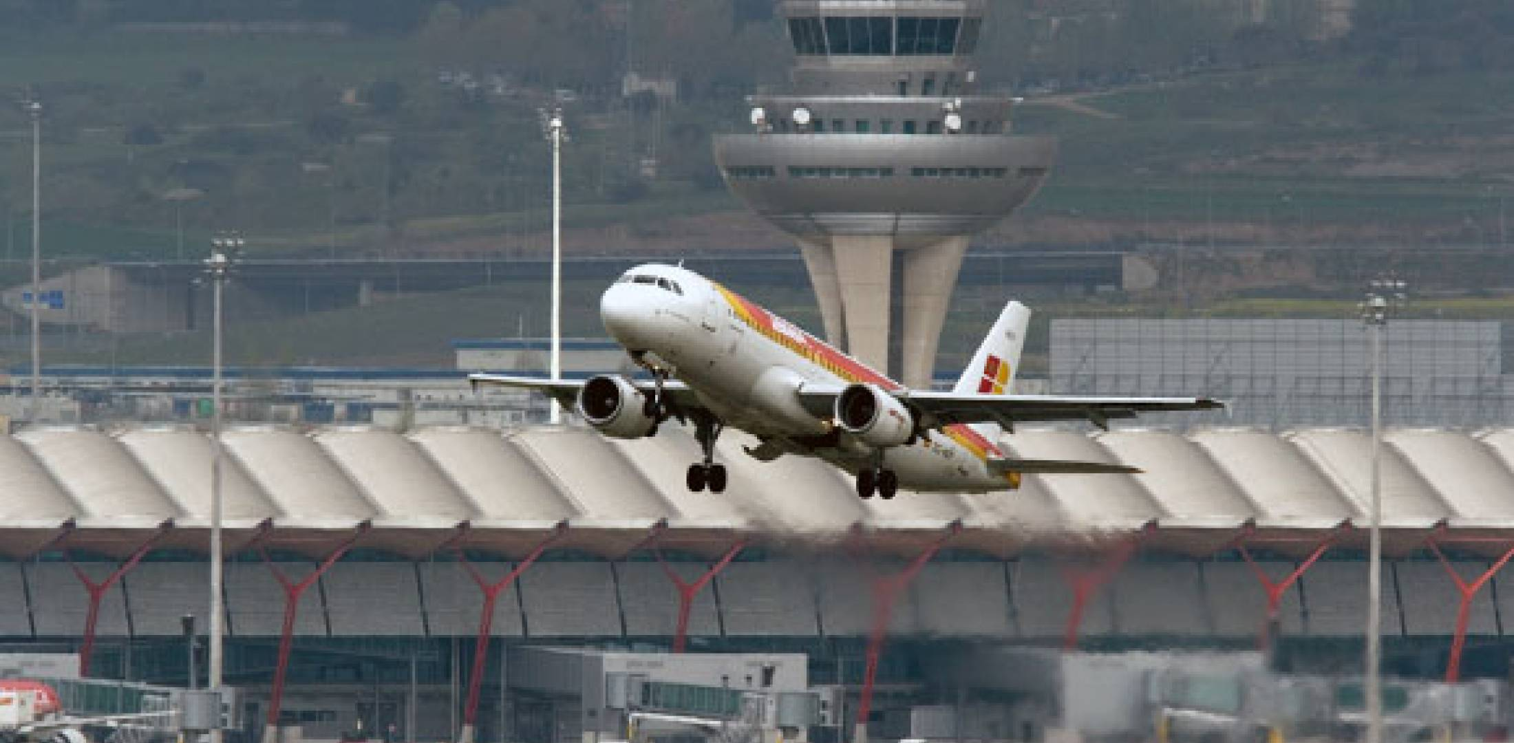 Iberia A320 taking off from Madrid Barajas Airport