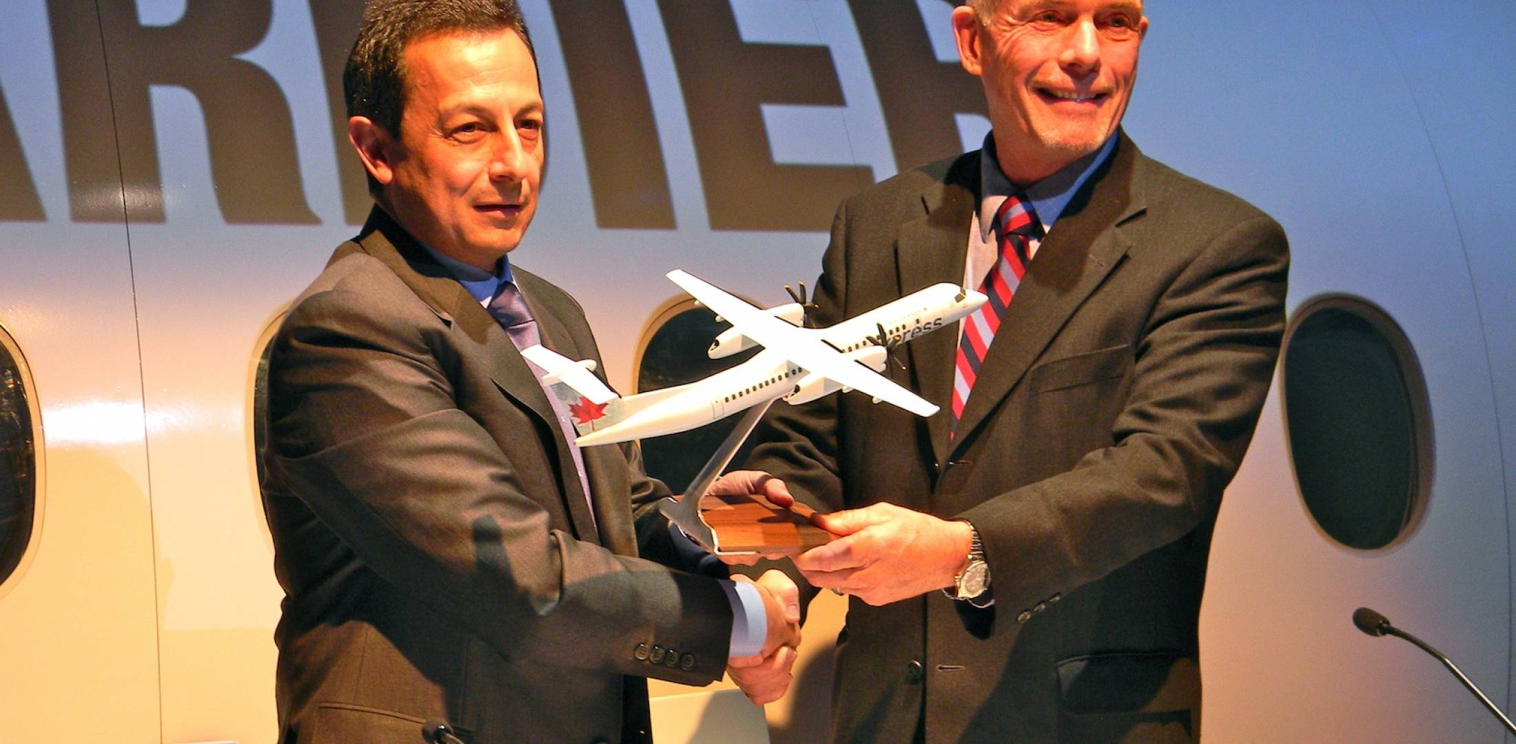 Jazz Aviation orders Bombardier Q400s